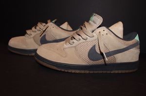 Price drop 85$ Nike dunk low size 9.5 DS for Sale in New York, NY