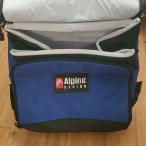 Alpine Design Rolling Cooler for Sale in Durham, NC