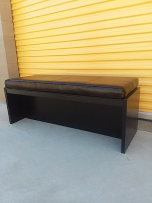 Large padded bench for Sale in Wildomar, CA