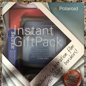 Vintage Polaroid One600 Classic Gift Pack With Limited Edition 600 Silver Film for Sale in Haverhill, MA