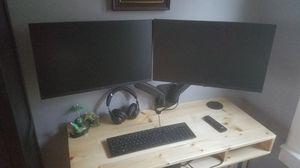 Dual Monitor wall mount for Sale in Seattle, WA