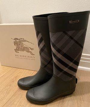 Burberry Rain Boots Size 37 for Sale in Austin, TX