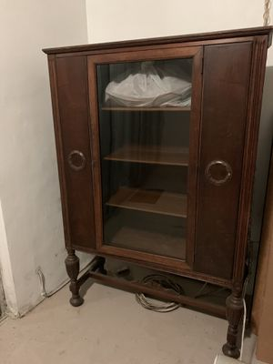 Vintage wardrobe, brown wood cabinet for Sale in Davie, FL