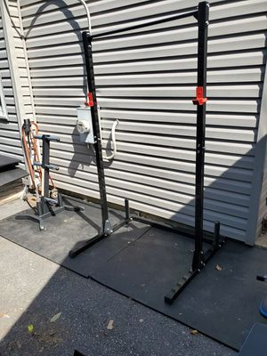 Brand new squat rack 500 lb capacity for Sale in Rockville, MD