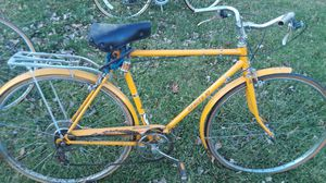 2 old bikes for sale $25 each obo for Sale in Downers Grove, IL