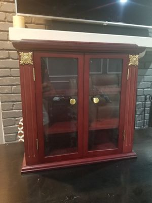 Small cabinet for Sale in Arlington, TX