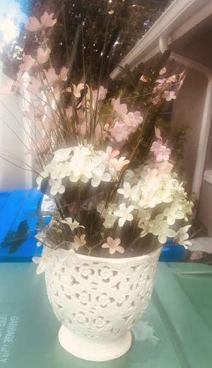 Artificial flower 🌸 arrangement for Sale in Orlando, FL