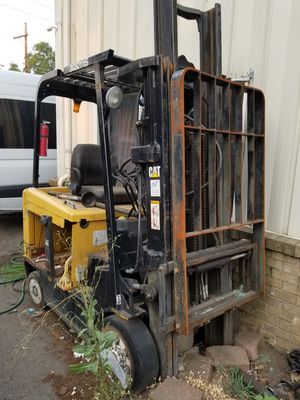 2008 Caterpillar Forklift for Sale in Portland, OR