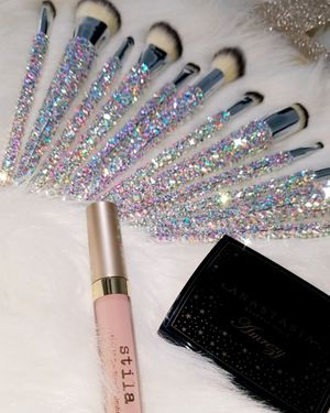 Blinged makeup brushes silver 12pc set for Sale in Rosenberg, TX