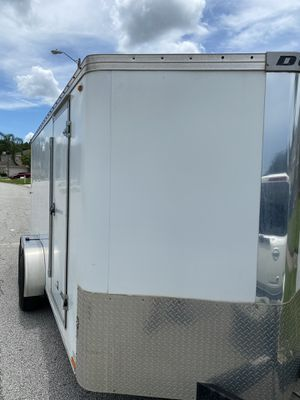 7 x 16 enclosed cargo trailer for Sale in Lutz, FL