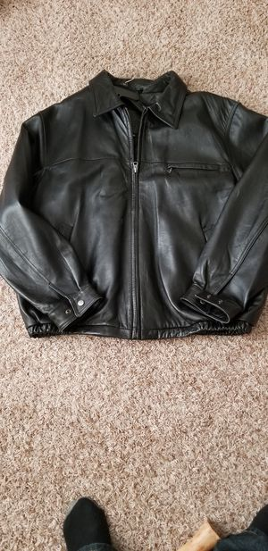 Classic leather jacket2x for Sale in Delaware, OH