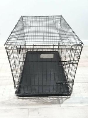 """Pets crate 36"""" L for Sale in Phoenix, AZ"""