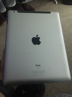 iPad a1396 iCloud locked perfect condition everything works for Sale in Miami, FL