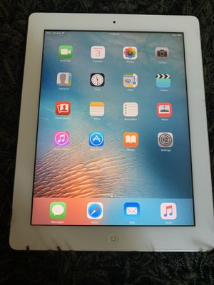 iPad 2 Great Condition like new 32gb comes with Charger for Sale in Morgan Hill, CA