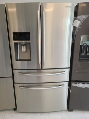 Samsung stainless steel 4-doors French door refrigerator used good condition with 90 days warranty for Sale in Mount Rainier, MD