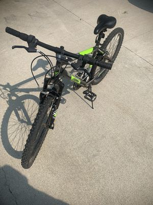 Mountain Bike for Sale in Hinckley, OH