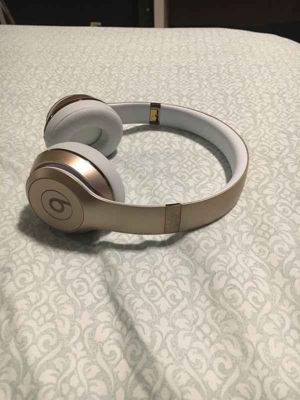 Beats solo wireless 3 gold
