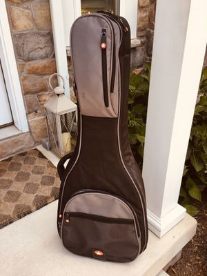 Acoustic Guitar Case for Sale in Towson, MD