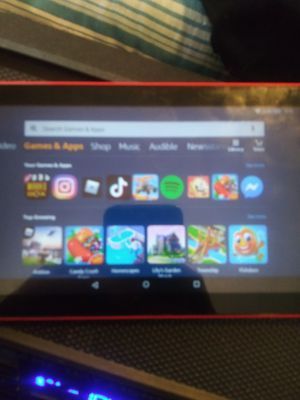 Amazon fire kindle tablet in really good condition works good for Sale in Cleveland, OH
