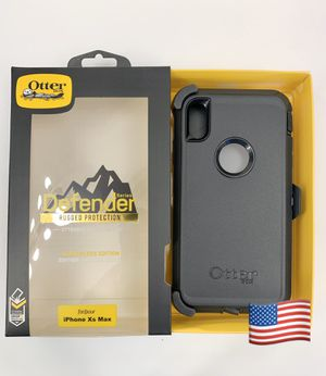 iPhone X Max OtterBox Defender Case. Belt Clip/Holster. Black. for Sale in Newhall, CA