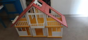 Final price drop!!1978 Barbie Dreamhouse for Sale in Savannah, GA