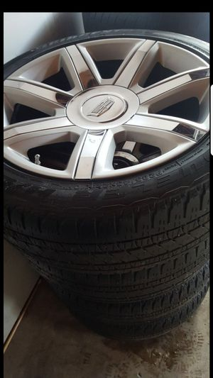 22 inch oem cadillac escalade wheels with tires (hablo español) for Sale in Elgin, IL