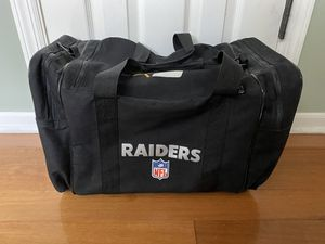 Vintage Raiders Duffle Bag for Sale in Smithtown, NY