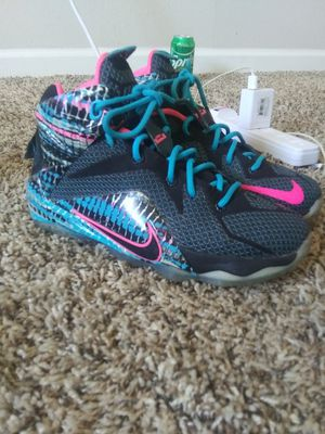 Nike LeBron's size 4y for Sale in Amarillo, TX
