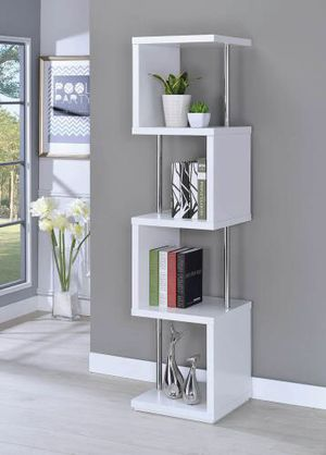 White BOOKCASE for Sale in Hollywood, FL