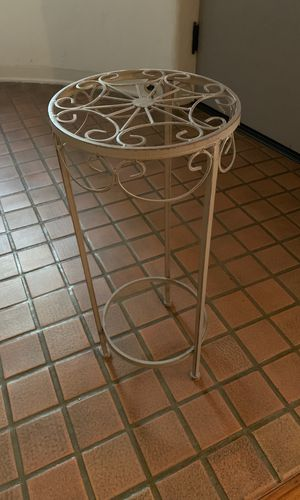 Metal plant stand for Sale in Glendale, CA