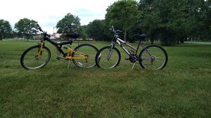 Mountain bike,s great condition for Sale in Dearborn, MI
