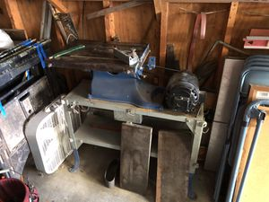 Vintage heavy duty table saw for Sale in Ambridge, PA