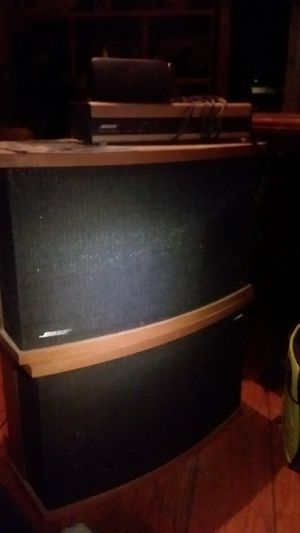 Bose 901 speakers and eq exclent condition new foam on all the drivers for Sale in Concord, CA