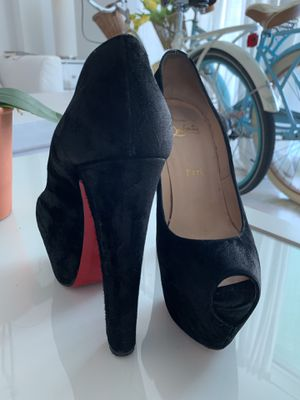 Authentic Christian Louboutin 160 Highness Heels for Sale in Miami, FL