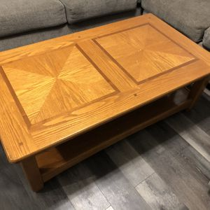 Large Coffee Table Oak for Sale in Duluth, GA