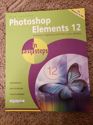 Photoshop elements 12 book for Sale in Lincoln, NE