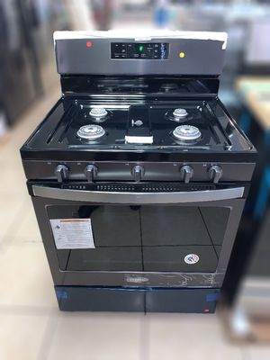 *NEW* Whirlpool 5-Burner Gas Stove (open box, scratch & dent) for Sale in Tucson, AZ