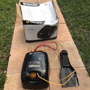 MinnKota Deckhand 40 Anchor Winch for Sale in Fort Lauderdale, FL