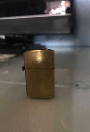 Vintage mini zippo style lighter for Sale in Miami, FL