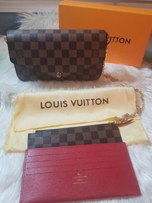 Louis Vuitton Félicie Pochette Crossbody & Clutch for Sale in Grayson, GA