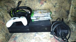Xbox one with games, headset, 1 controller with rechargable battery. Plus 2 games downloaded in the system with 3 profiles all have Xbox live. for Sale in Mason City, IA