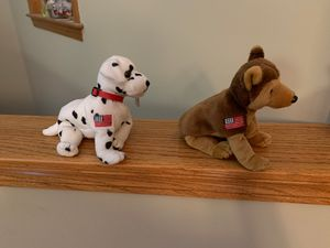 Set of two American Flag dog beanie babies. EXCELLENT condition. for Sale in Wichita, KS