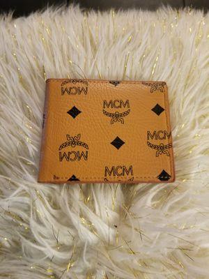 M❤ light brown wallet for Sale in Norcross, GA