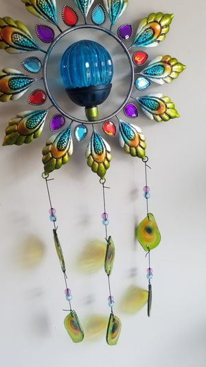 PEACOCK COLORS CASCADING GLASS TEAR DROPS PATIO GARDEN WIND CHIME DECO for Sale in Raleigh, NC