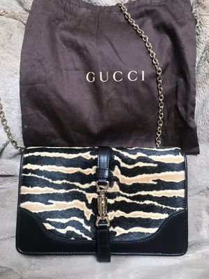Gucci wallet in chain black for Sale in Los Angeles, CA