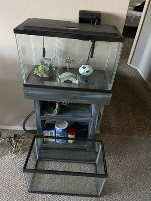 2 ten gallon fish tanks and supplies. for Sale in Holiday, FL