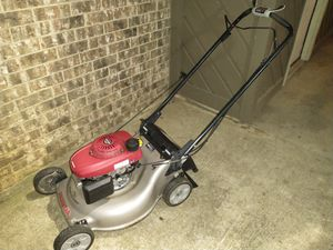 Lawn mower Honda self propelled for Sale in Euless, TX