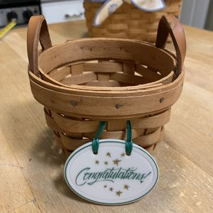 Vintage Longaberger 1995 small woven Basket with the congratulations plaque for Sale in Dayton, OH