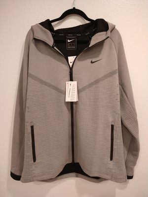 NIKE SPORTSWEAR TECH PACK WINDRUNNER HOODIE CJ5147-073 PARTICLE GREY XL for Sale in Cypress, CA