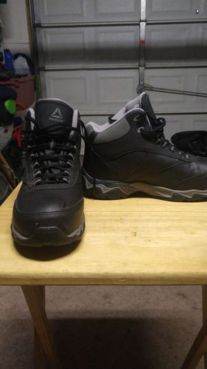 Brand new Reebok mt/75 steel toe work boots for Sale in Irving, TX